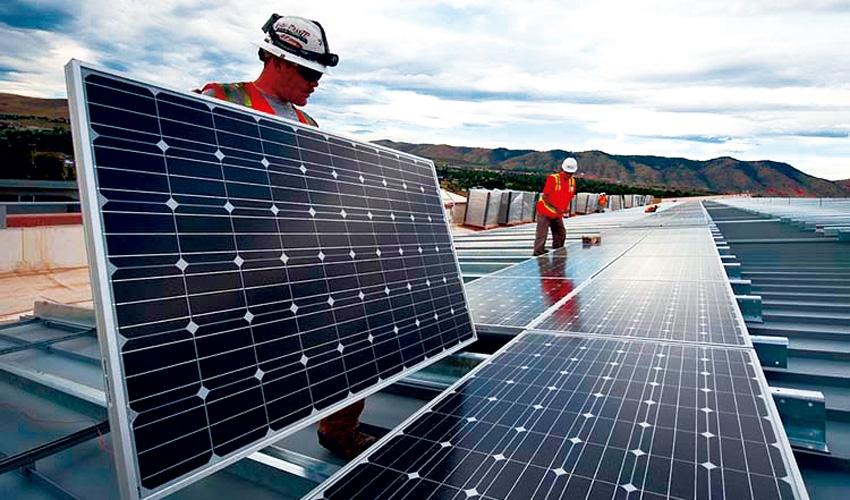 España comienza la construcción de su mayor parque solar