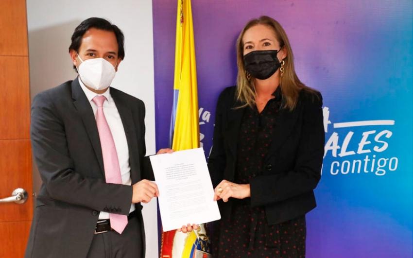 Colombia y Panamá establecen esquema regulatorio para interconexión eléctrica entre los dos países