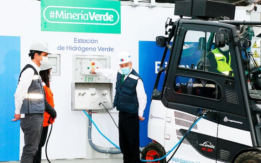 El presidente Piñera abre la primera estación de hidrógeno verde de Chile
