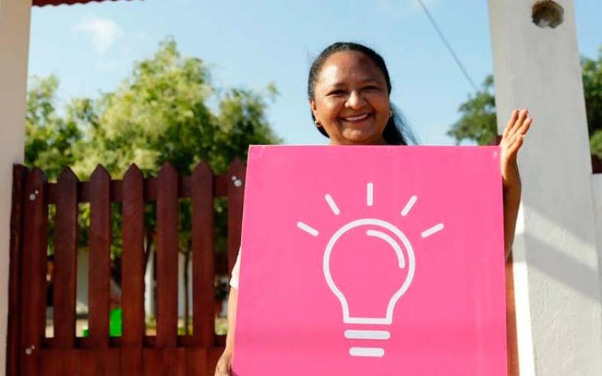 Colombia alcanzo 50 mil familias nuevas familias conectadas al servicio de energía eléctrica