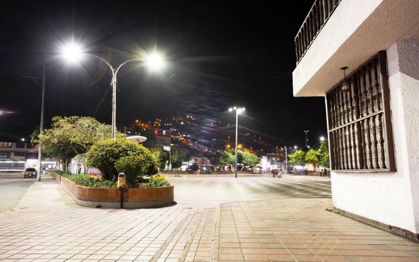 La iluminación led se toma el alumbrado público de Sibaté.